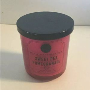 DW Candle Sweet Pea Pomegranate